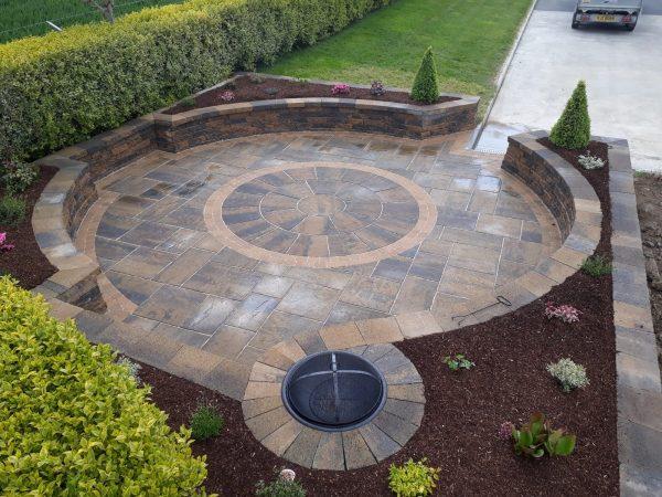 tobermore-historic-flags-circle-bracken-tegula-setts-golden-secura-lite-bracken-greenhill-garden-solutions-mytobermore-1[1]